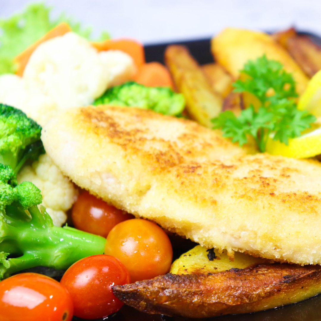 Baked Crunchy Fish & Chip With Buttered Season Vege_image_2